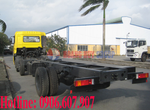 chassis b210