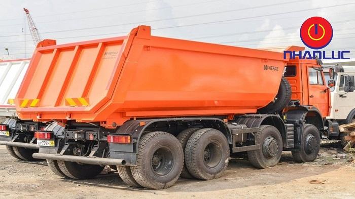 BEN-KAMAZ-8X4